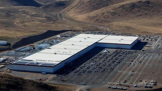 位于内华达州斯帕克斯市的Gigafactory 1